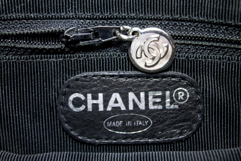 CHANEL Caviar Quilted Chain Shoulder Bag Leather Black Silver 15