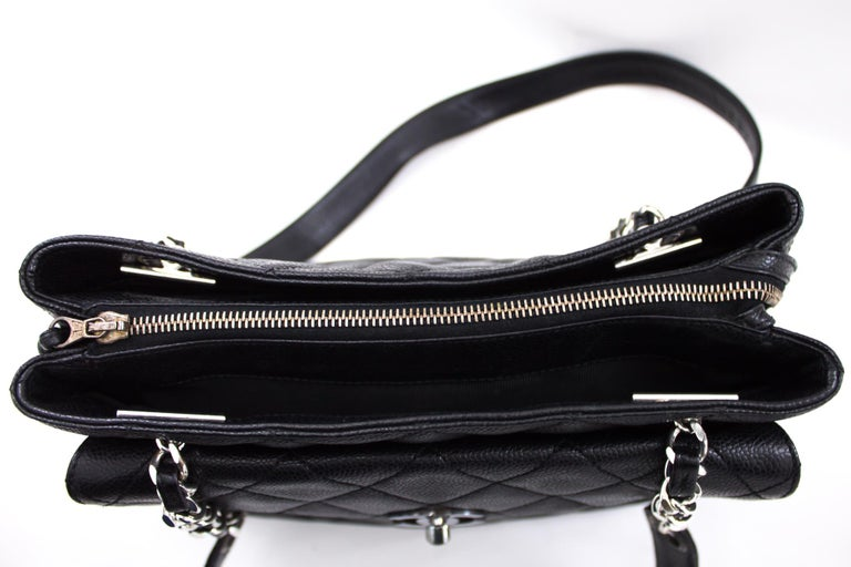 CHANEL Caviar Quilted Chain Shoulder Bag Leather Black Silver 5