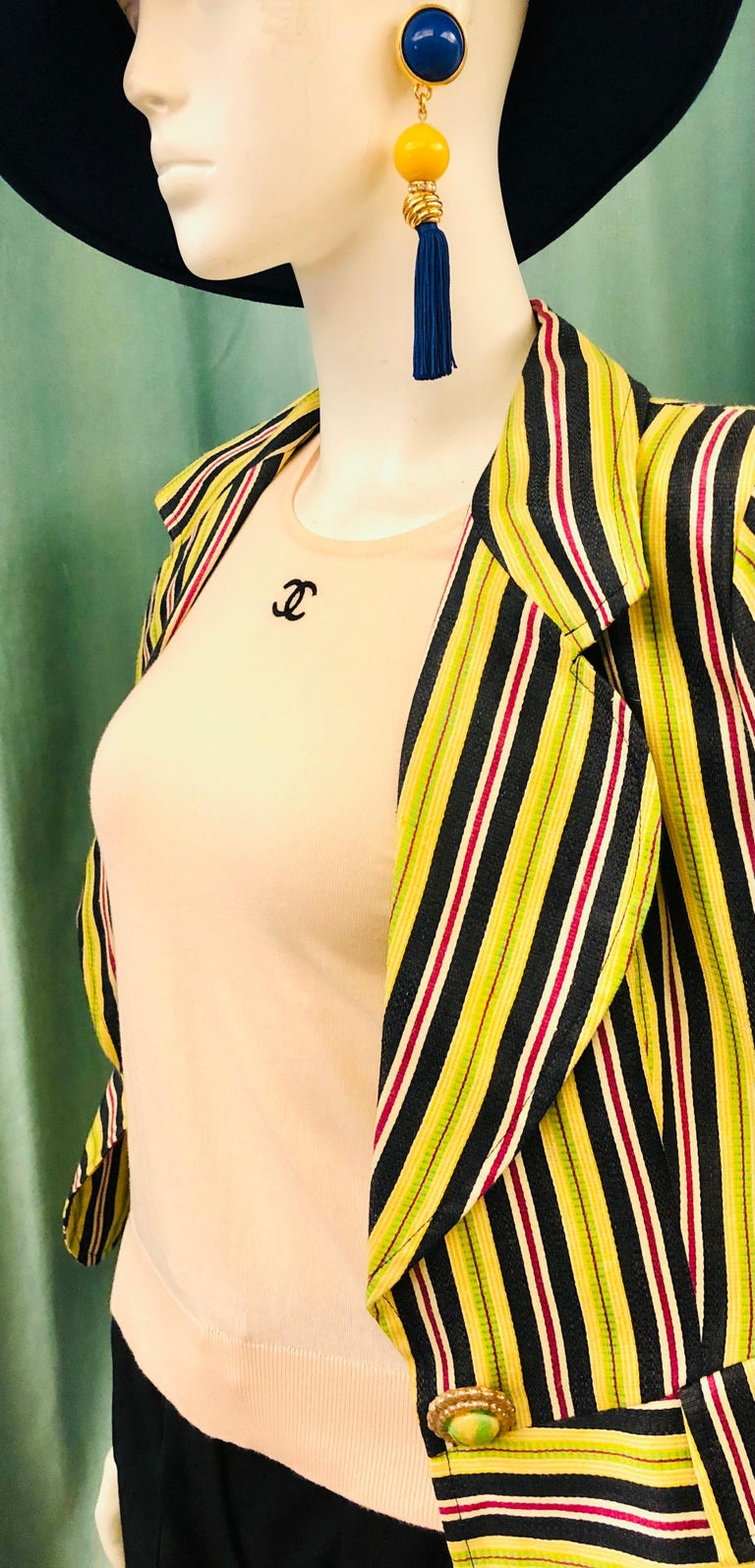 - Vintage 1995 spring Chanel
