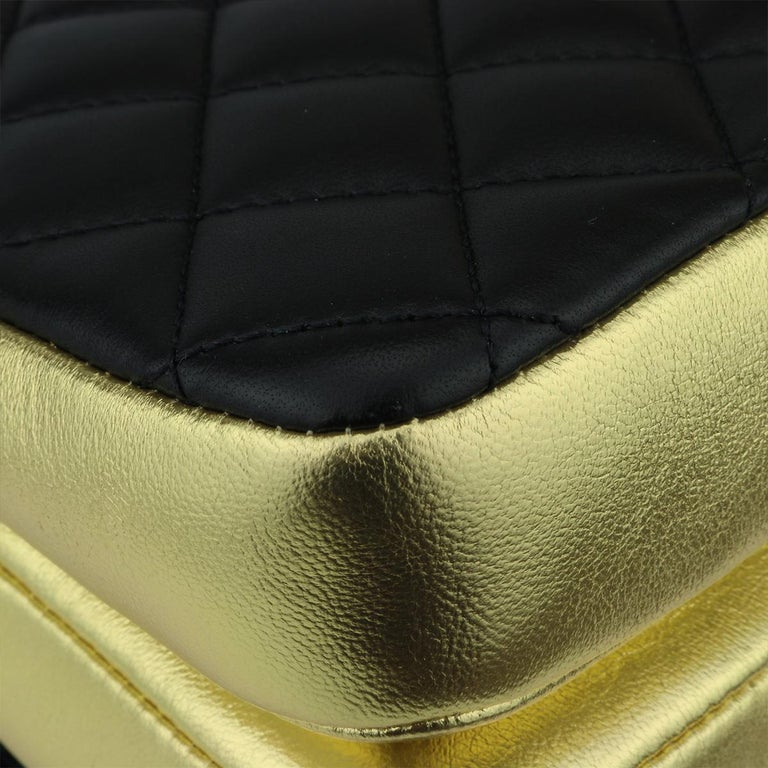 CHANEL CC Chic Flap Bag Black and Gold Lambskin with Brushed Gold Hardware 2019 6