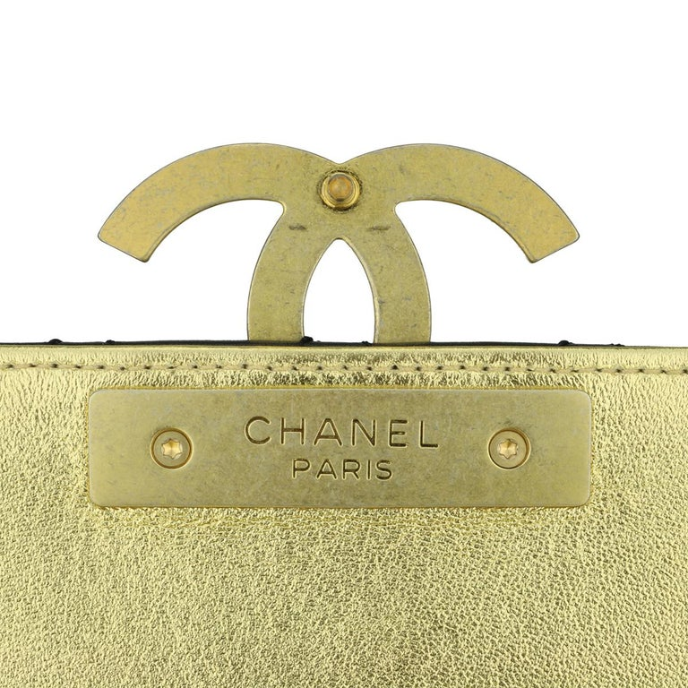 CHANEL CC Chic Flap Bag Black and Gold Lambskin with Brushed Gold Hardware 2019 10