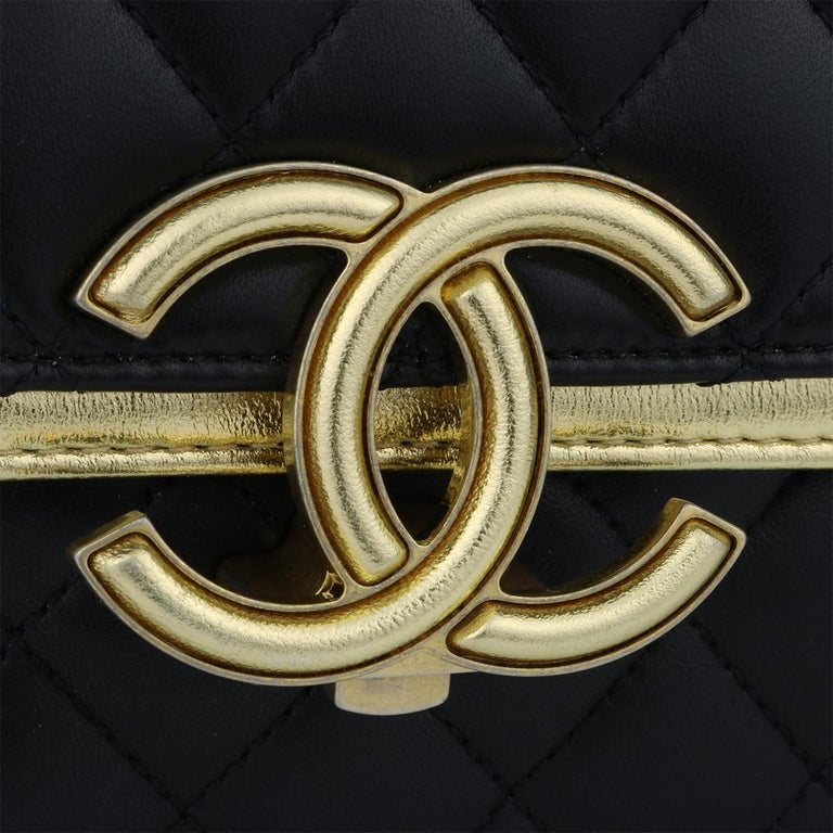CHANEL CC Chic Flap Bag Black and Gold Lambskin with Brushed Gold Hardware 2019 In Excellent Condition In Huddersfield, GB