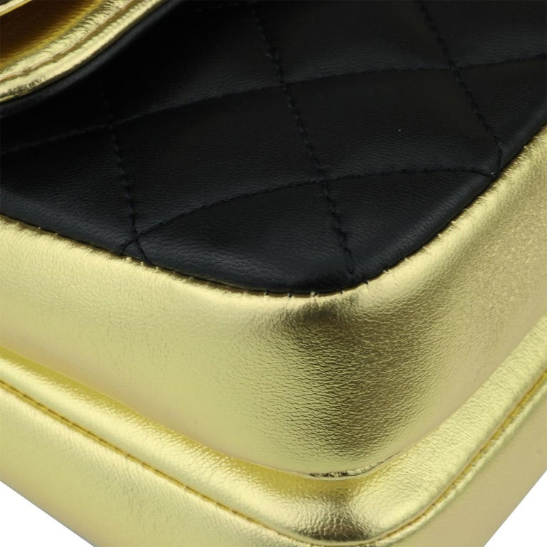 CHANEL CC Chic Flap Bag Black and Gold Lambskin with Brushed Gold Hardware 2019 4