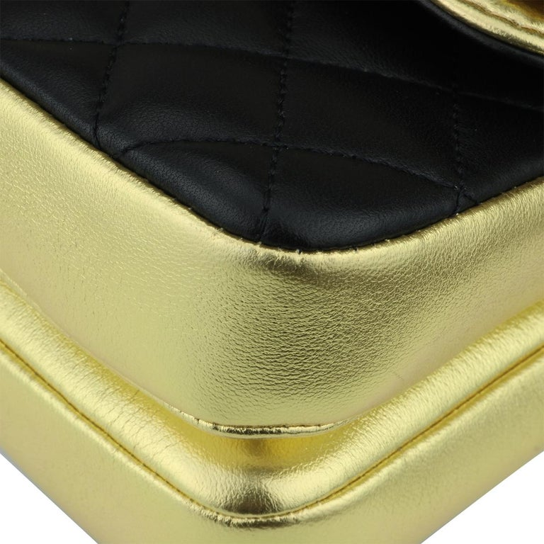 CHANEL CC Chic Flap Bag Black and Gold Lambskin with Brushed Gold Hardware 2019 5