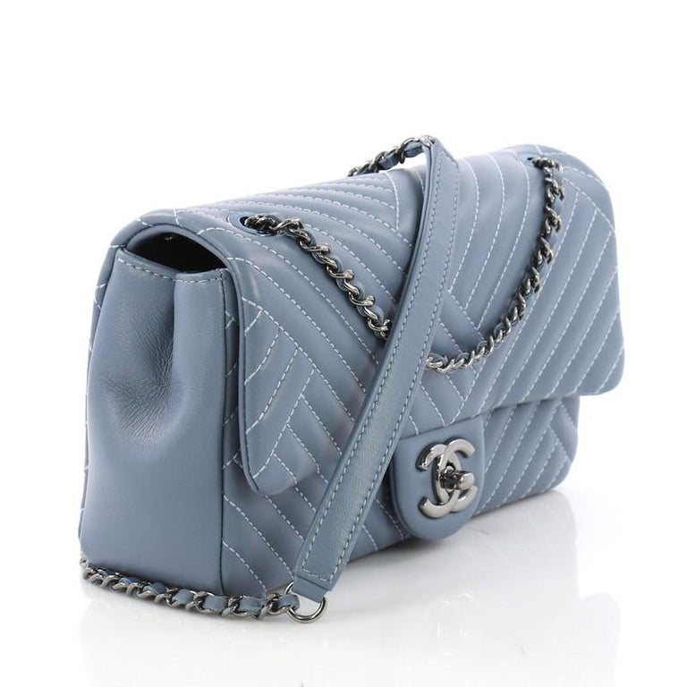 0471c078d5ee12 Gray Chanel CC Crossing Flap Bag Chevron Lambskin Small For Sale