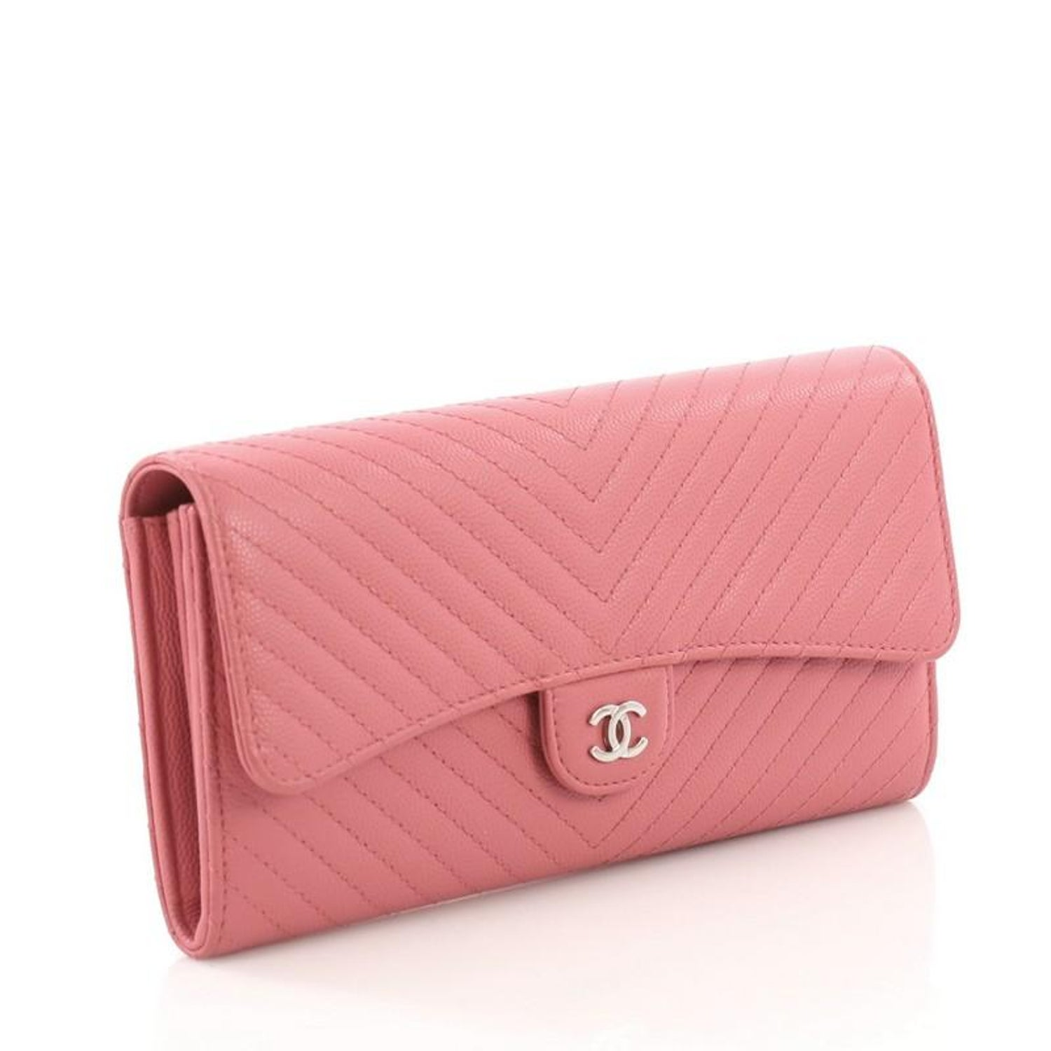 388edd9f491c Chanel CC Gusset Classic Flap Wallet Chevron Caviar Long For Sale at 1stdibs