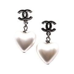 CHANEL CC Hanging Heart Stud Earrings