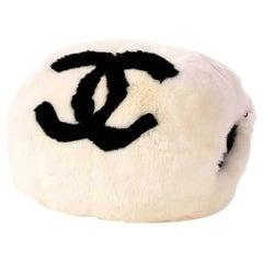 Chanel Cc Logo Muff Vintage Rare Limited Edition White Fur Satchel