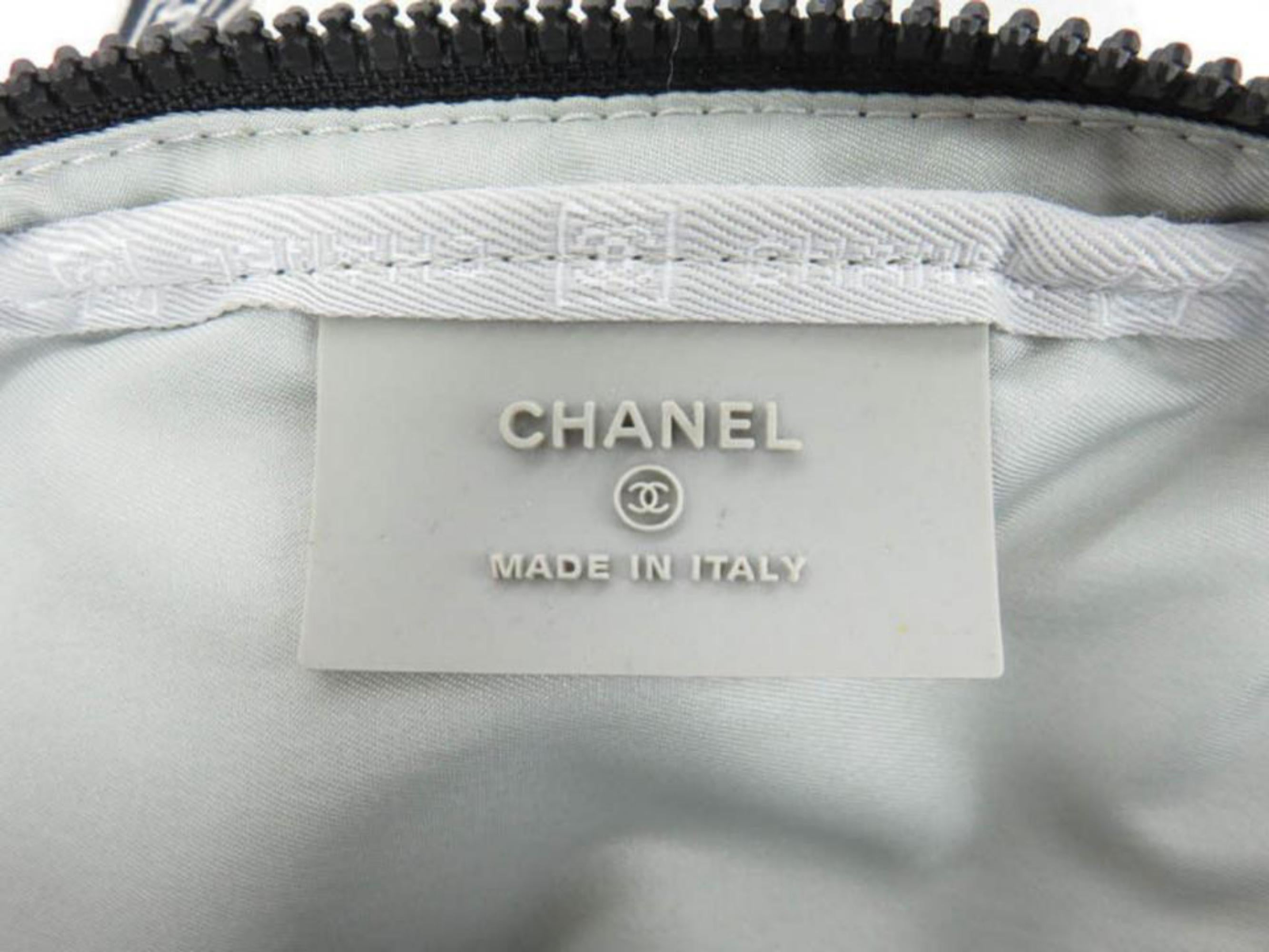 a779d183fd40f0 Chanel Cc Logo Sport Waist Pouch Fanny Pack 867345 Grey Cotton Cross Body  Bag at 1stdibs