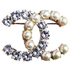 Chanel CC Pearl & Crystal Silver Colour Brooch