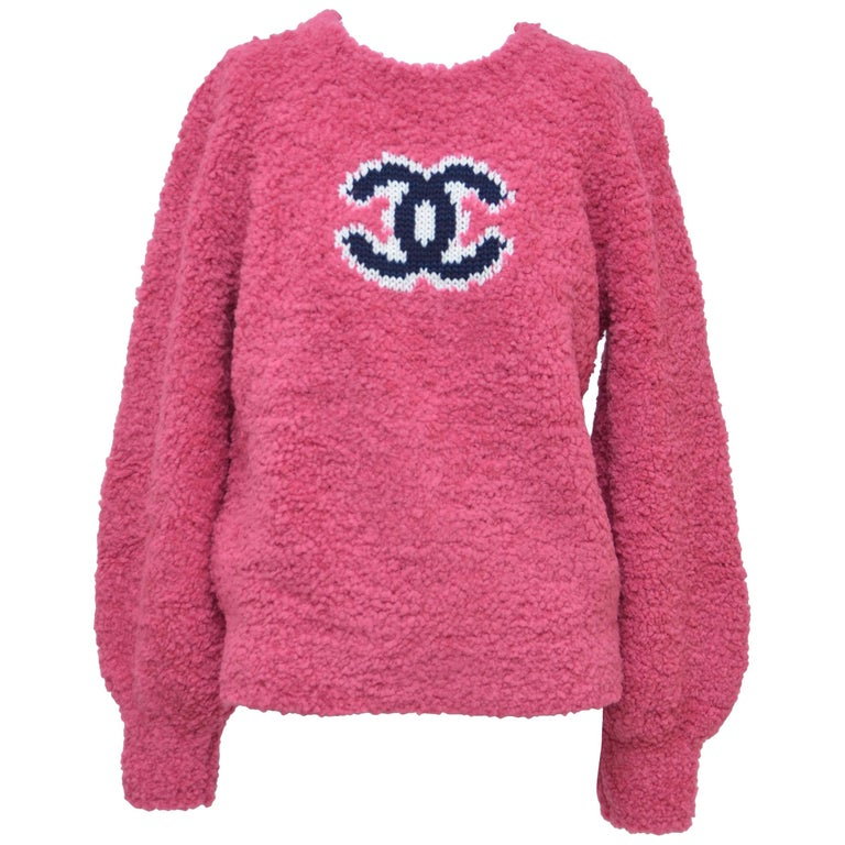 CHANEL CC Pink Teddy Sweater  Jumper  NEW   Size 40FR For Sale