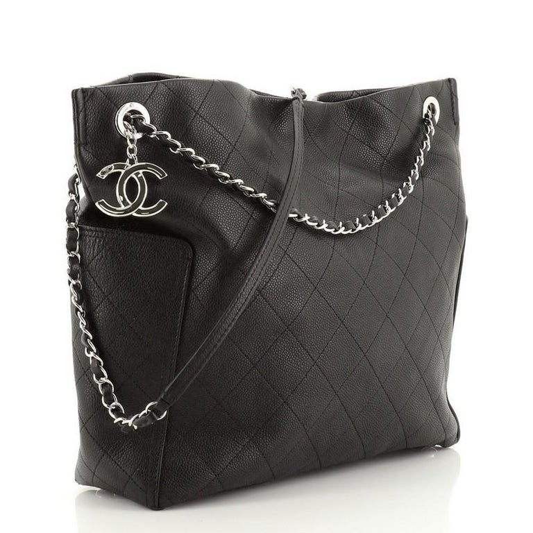 Black Chanel CC Pocket Hobo Quilted Caviar Medium For Sale