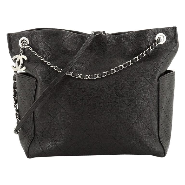 Chanel CC Pocket Hobo Quilted Caviar Medium For Sale