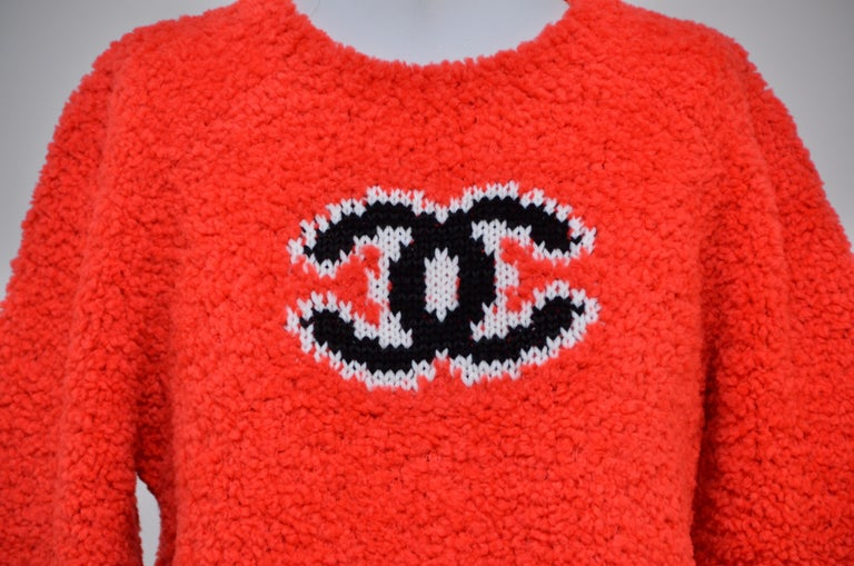 CHANEL CC Red Teddy Sweater   NEW   Size 40FR 2