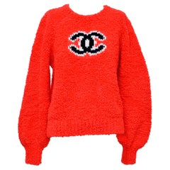 CHANEL CC Red Teddy Sweater   NEW   Size 40FR