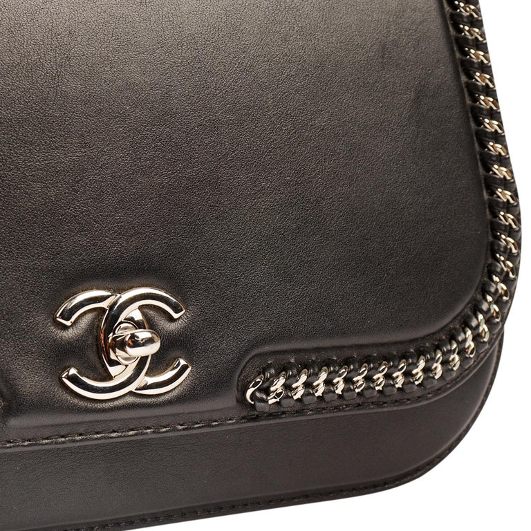 Chanel Chain Around Medium Crossbody Black Flap Bag For Sale 4