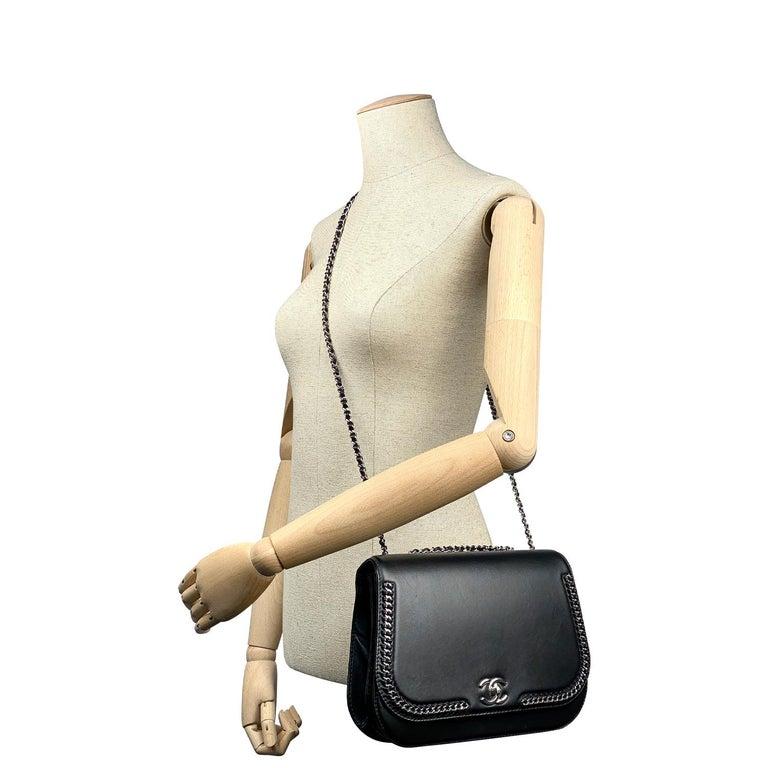 Chanel Chain Around Medium Crossbody Black Flap Bag For Sale 5