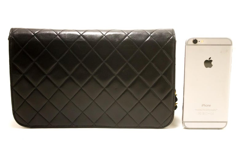 CHANEL Chain Shoulder Bag Black Clutch Flap Quilted Lambskin In Good Condition For Sale In Takamatsu-shi, JP