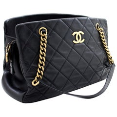 CHANEL Chain Shoulder Bag Black Quilted Lambskin Leather Zipper
