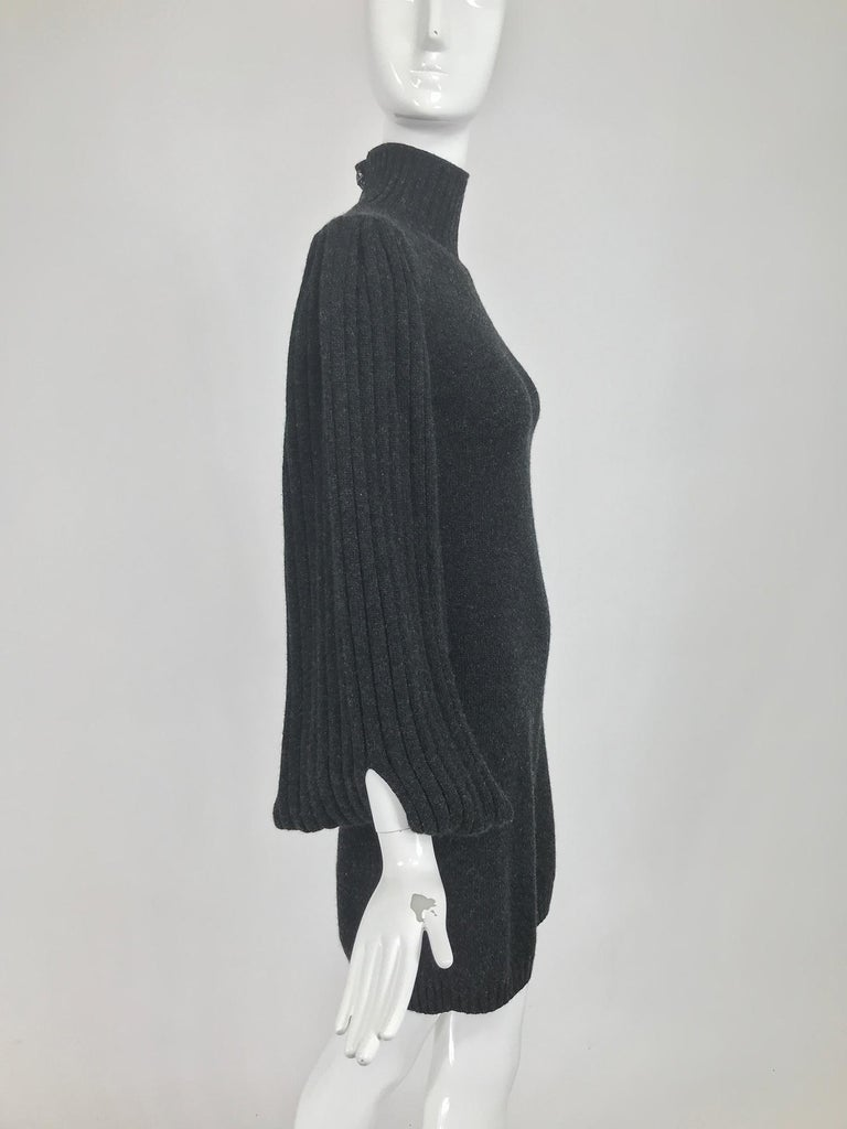 Women's Chanel Charcoal Grey Cashmere Cage Sleeve Dress 2007a For Sale