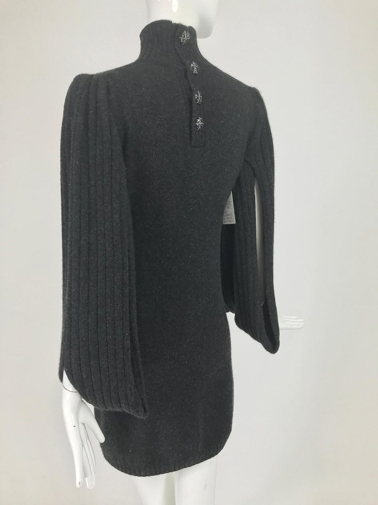 Chanel Charcoal Grey Cashmere Cage Sleeve Dress 2007a For Sale 3