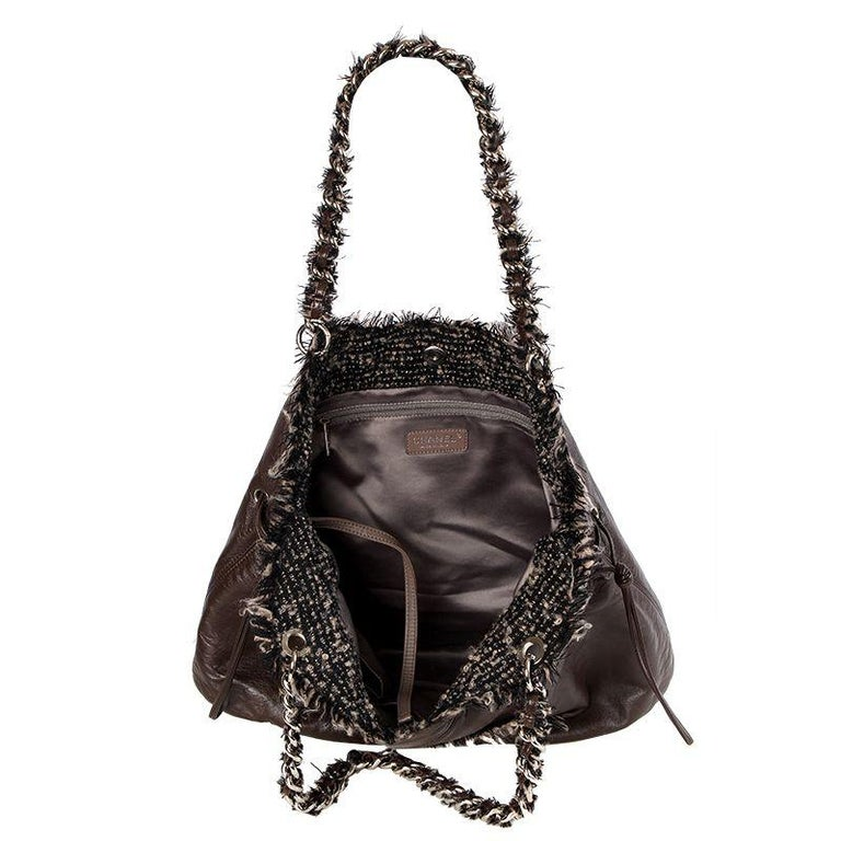 Women's Chanel chocolate brown leather & BOUCLE LARGE SHOPPER Shoulder Bag For Sale