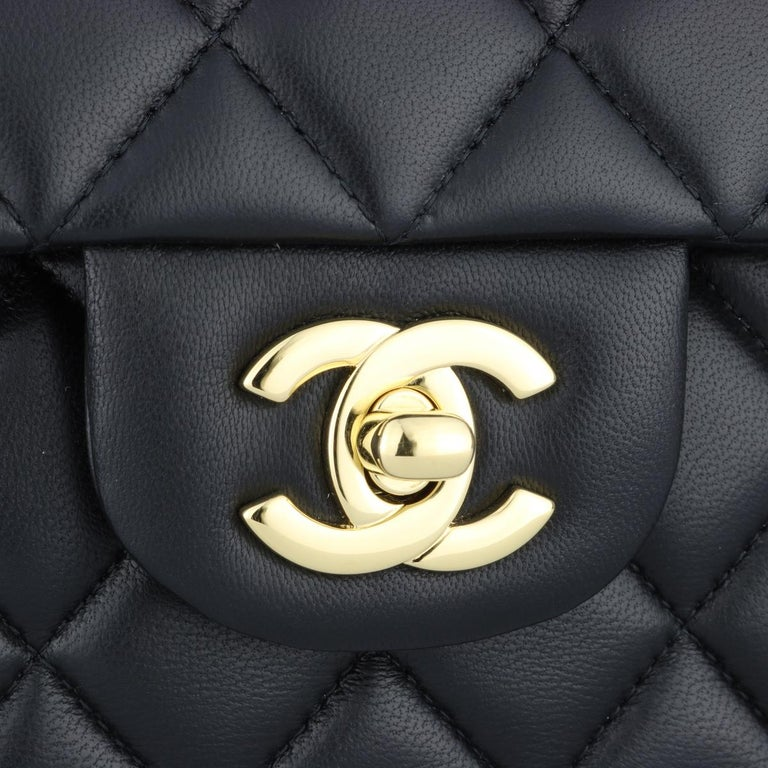 CHANEL Classic Double Flap Bag Medium Black Lambskin with Gold Hardware 2017 In Excellent Condition For Sale In Huddersfield, GB