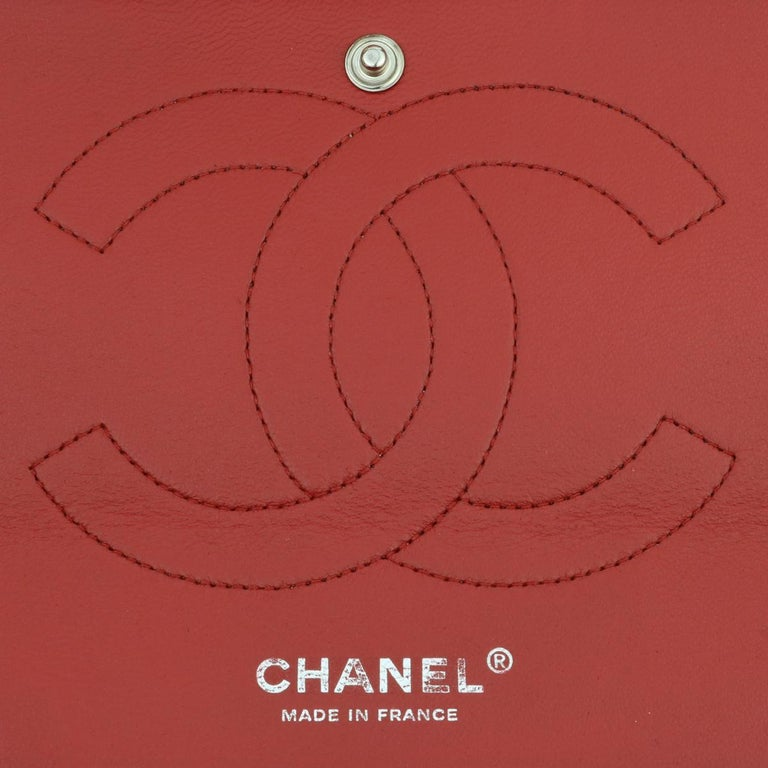 CHANEL Classic Double Flap Jumbo Bag Red Soft Caviar with Silver Hardware 2011 For Sale 13