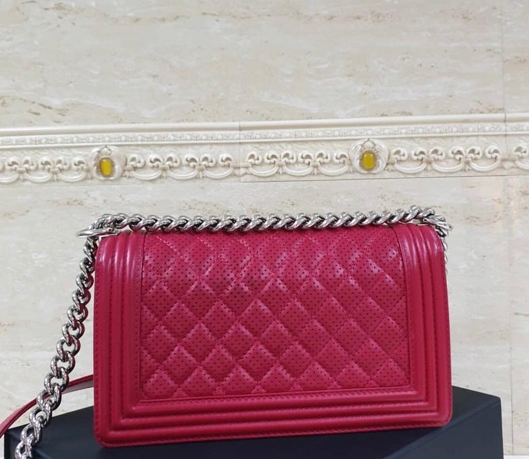 Chanel Classic Flap Boy Perforated Medium Red Leather  In Excellent Condition For Sale In Kiev, UA