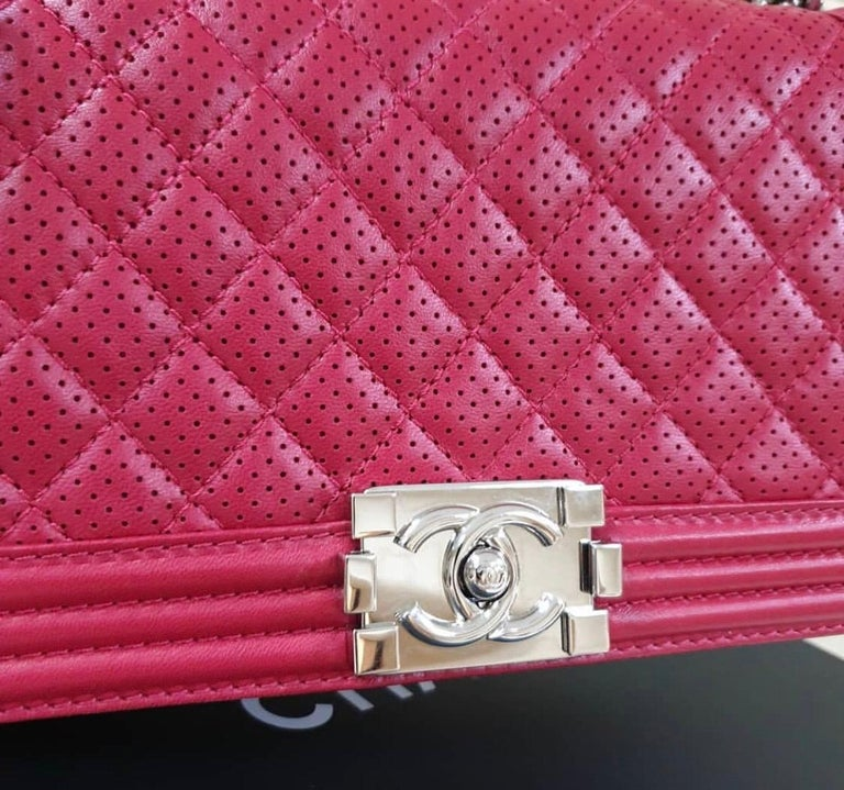 Chanel Classic Flap Boy Perforated Medium Red Leather  For Sale 3