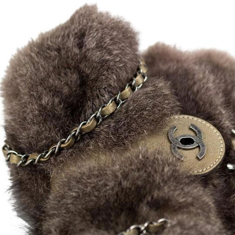 Women's or Men's Chanel Classic Flap Brown and Beige Fur Deerskin Leather Shoulder Bag For Sale