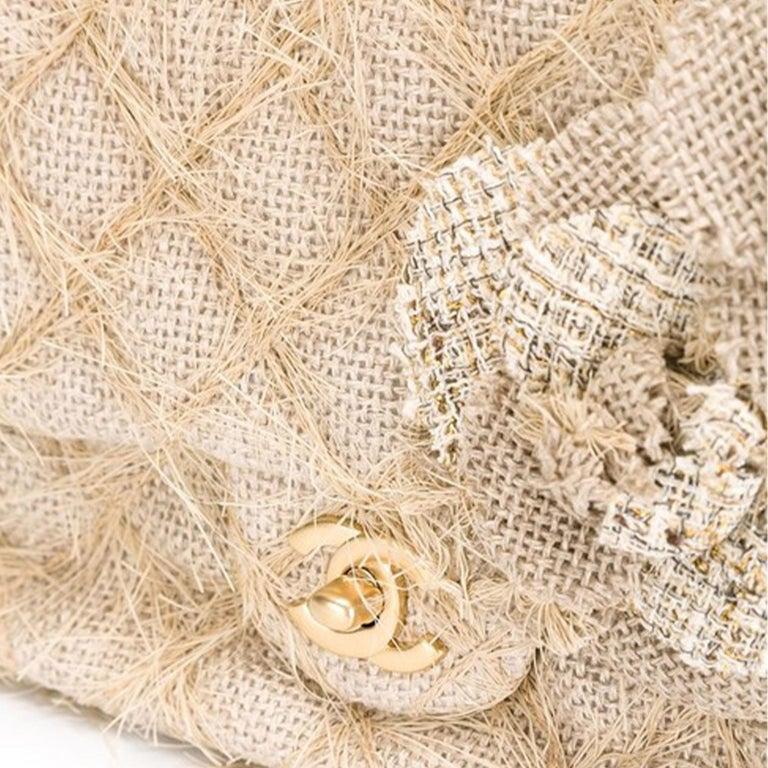 Chanel Classic Flap Straw Camelia Nude Beige Jute Raffia Tweed Rope Shoulder Bag For Sale 2