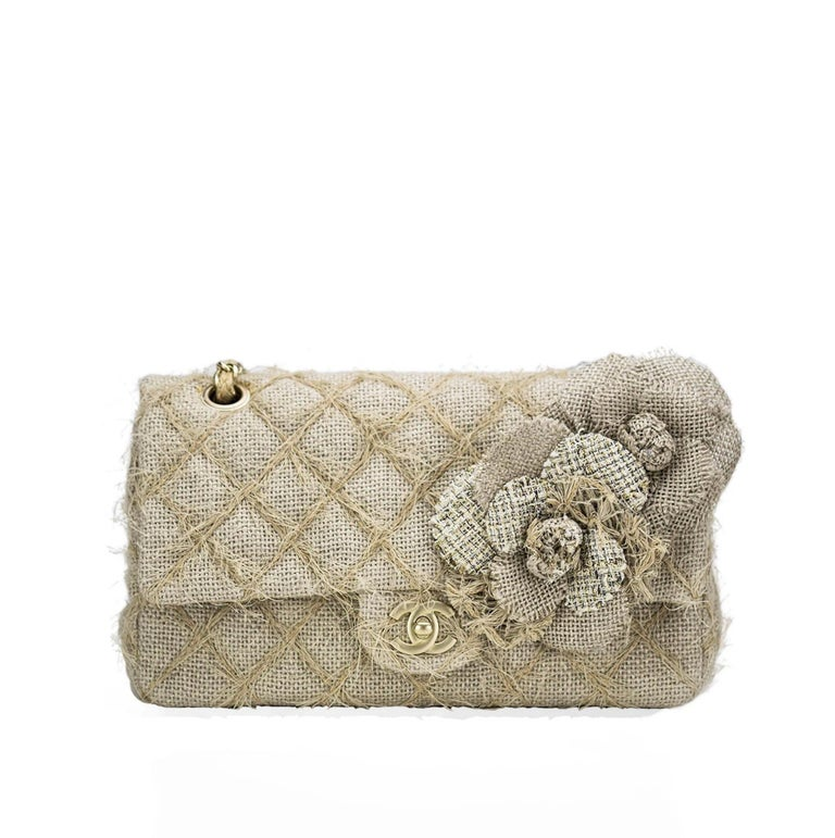 Chanel Classic Flap Straw Camelia Nude Beige Jute Raffia Tweed Rope Shoulder Bag For Sale 4