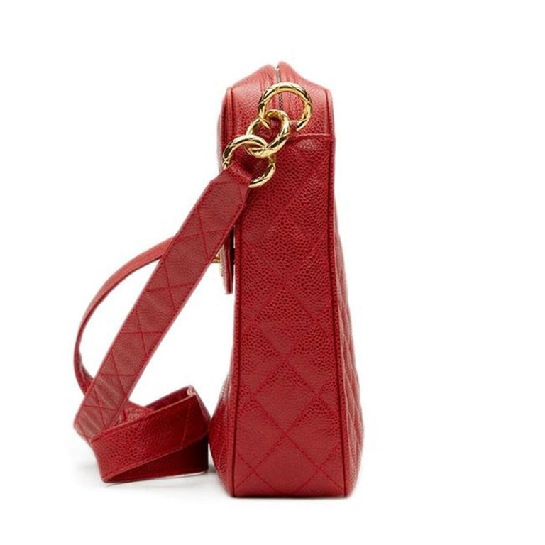 Chanel Classic Flap Vintage with Gold Hardware Red Caviar Leather Cross Body Bag For Sale 6