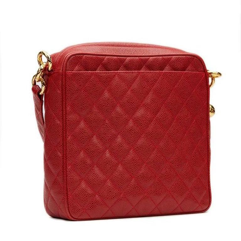 Women's or Men's Chanel Classic Flap Vintage with Gold Hardware Red Caviar Leather Cross Body Bag For Sale