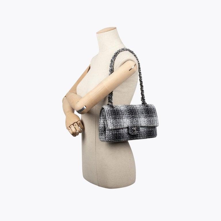 Chanel Classic Medium Double Flap Bag For Sale 4