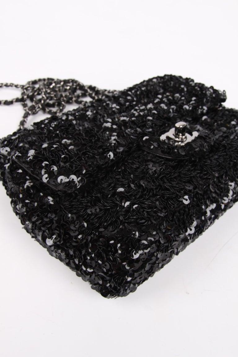 Women's or Men's Chanel Classic Sequin Flap Bag - black For Sale