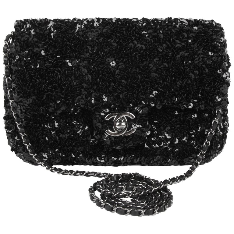 Chanel Classic Sequin Flap Bag - black For Sale