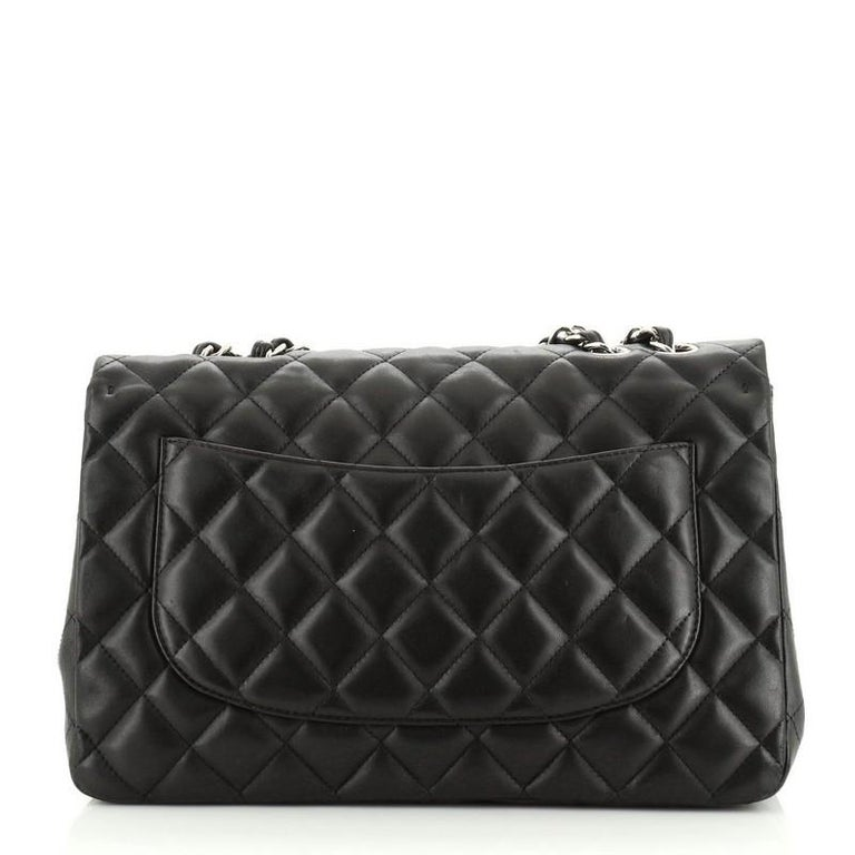 Chanel Classic Single Flap Bag Quilted Lambskin Jumbo In Good Condition For Sale In New York, NY