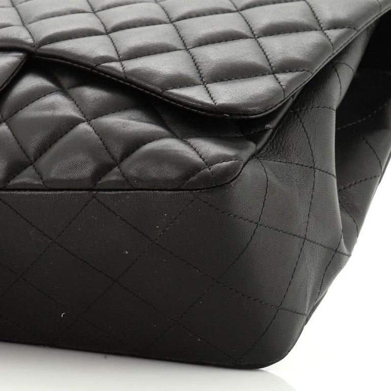 Chanel Classic Single Flap Bag Quilted Lambskin Jumbo For Sale 1