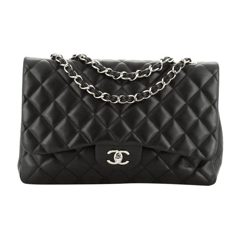 Chanel Classic Single Flap Bag Quilted Lambskin Jumbo For Sale