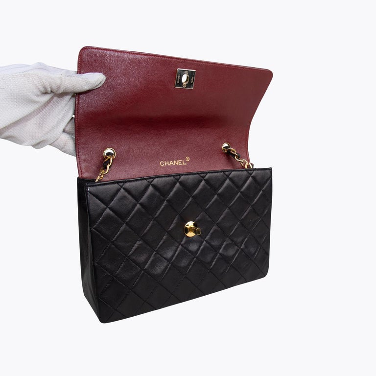 Chanel Classic Small Single Flap Crossbody Bag For Sale 2