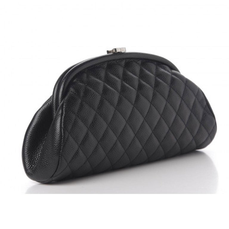 Chanel Classic Vintage Caviar CC Black Diamond Quilted Timeless Clutch For Sale 1