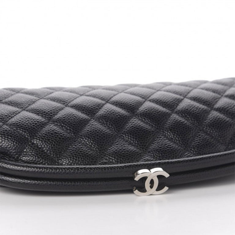 Chanel Classic Vintage Caviar CC Black Diamond Quilted Timeless Clutch For Sale 3