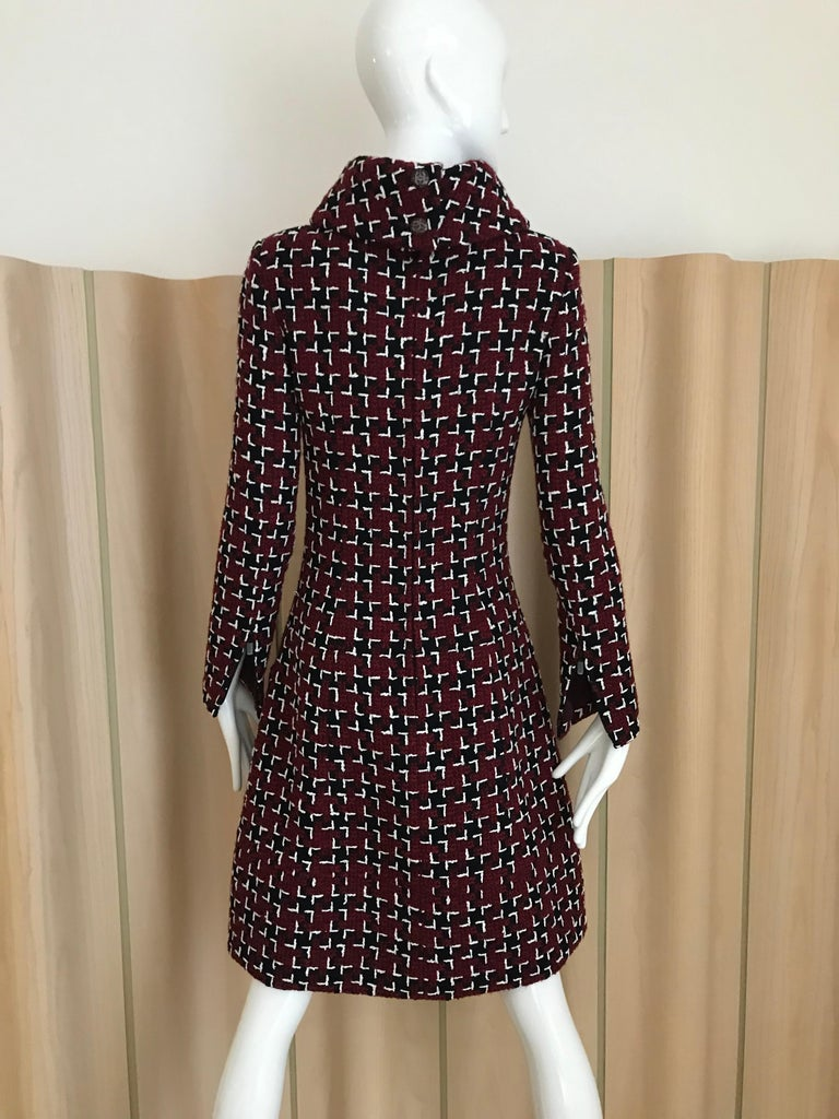 Chanel Cocktail Tweed Dress in Burgundy, Black and White New with tag In New Condition For Sale In Beverly Hills, CA