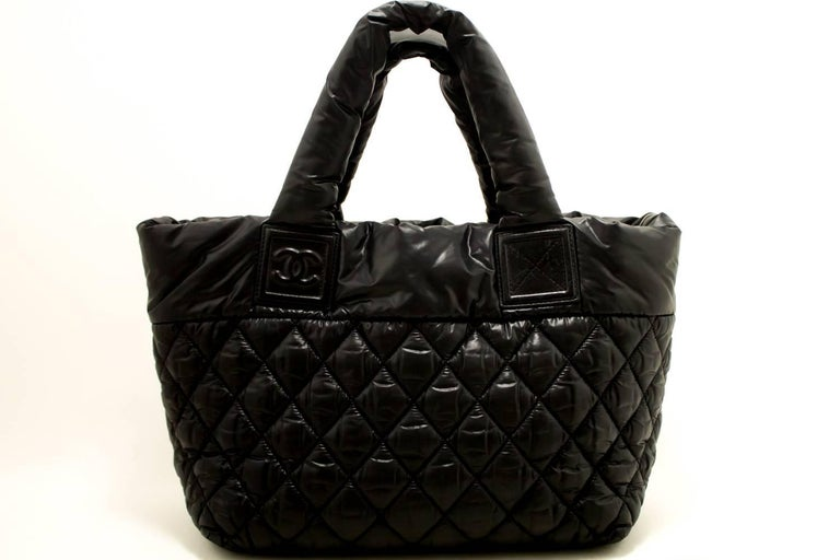 c0951f7b203d Chanel Coco Cocoon Nylon Large Black Bordeaux Reversible Tote Bag In  Excellent Condition For Sale In