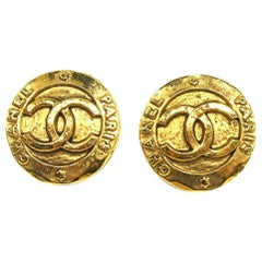 CHANEL coco mark circle coin GP Womens earrings gold