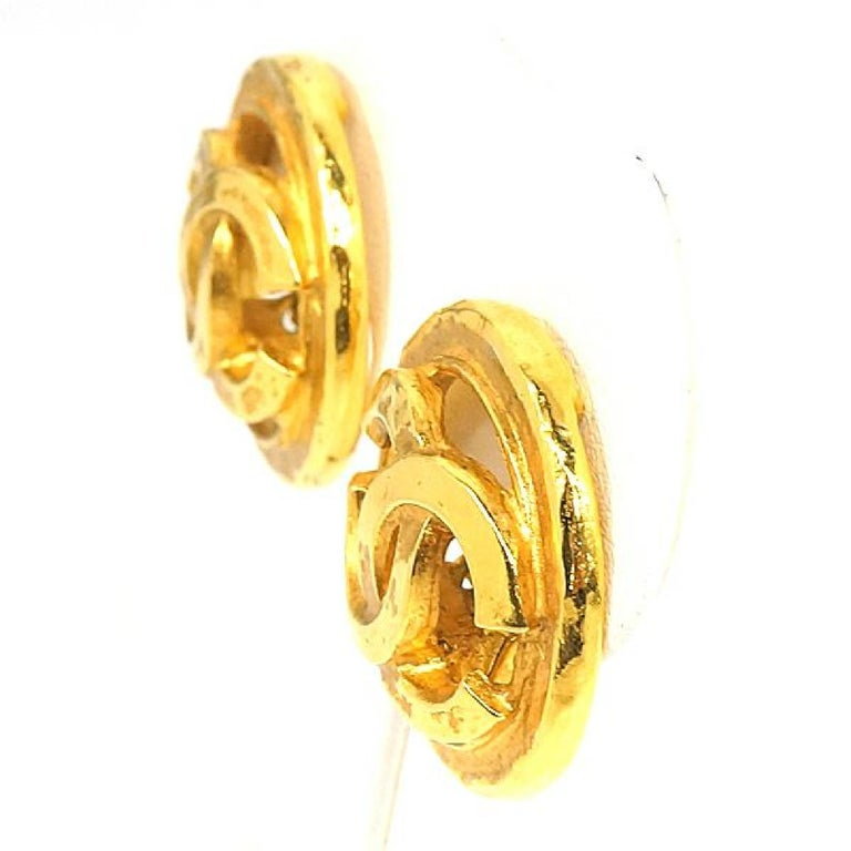 CHANEL coco mark circle GP Womens earrings gold In Good Condition For Sale In Takamatsu-shi, JP