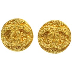 CHANEL coco mark circle vintage GP Womens earrings gold