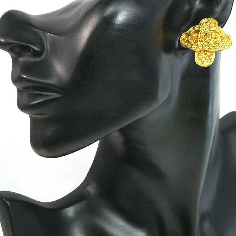 CHANEL coco mark Clover GP Womens earrings gold For Sale 2